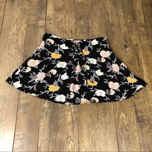 Kendall & Kylie Black Floral Mini Skirt